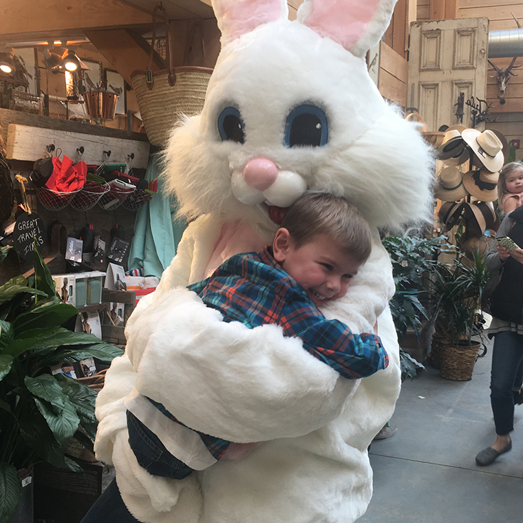 Easter Bunny at Valley Forge Flowers2
